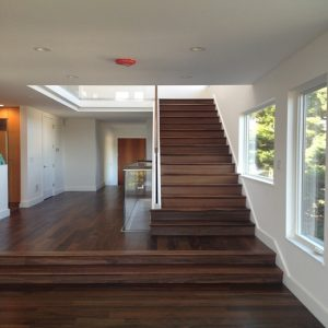 Cầu thang gỗ Chiu liu